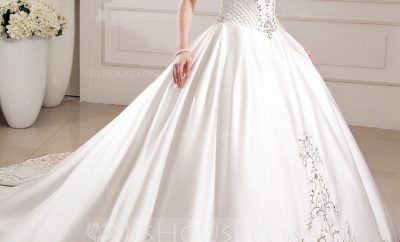 The ball gown wedding gown