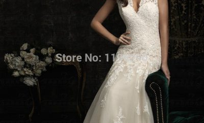 The v-neck wedding gown
